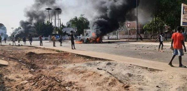 Manifestation à Sédhiou : Un élève atteint par balle, le poste de gendarmerie attaqué